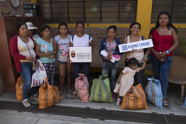Mujeres participantes en el proyecto financiado por el Ayuntamiento de Pamplona